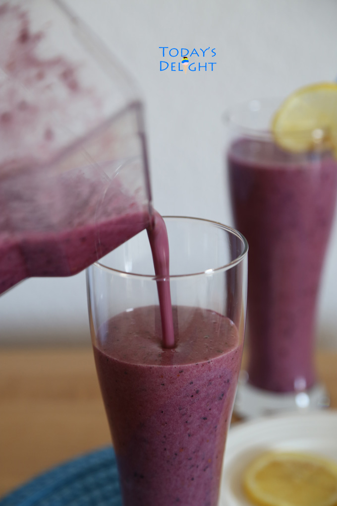 Blueberry Strawberry Blackberry Pineapple Ginger Smoothie