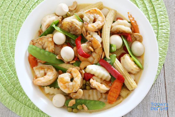 Shrimp with Quail Eggs and Vegetables is Today's Delight