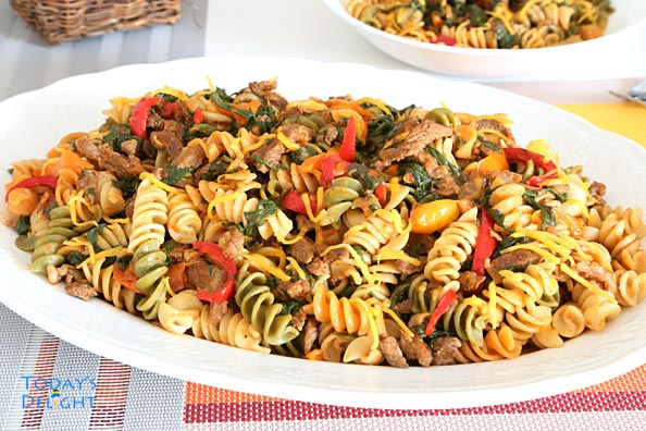 Rotini pasta with ground beef and vegetables